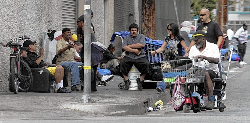 С бездомными в ЛА нужно просто смириться. Фото occupy.com
