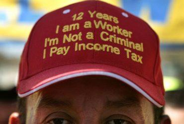 Как нелегальные иммигранты платят налоги