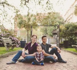Виктория Болдуин, Адам Дайсон и их сын Брюс. Фото: cnn.com