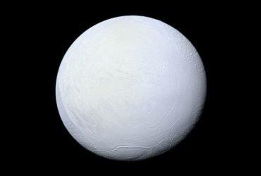 NASA сообщило о возможном наличии жизни на спутнике Сатурна