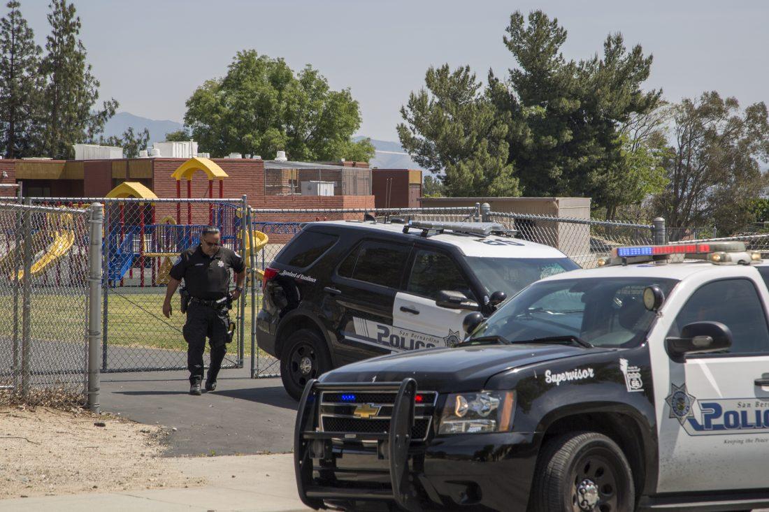 Полиция была на месте, как толко сообщили о стрельбе. Фото: buffalonews.com