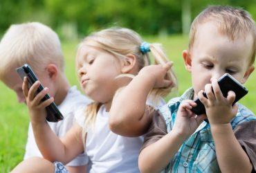 Как воспитать счастливых детей, не зависящих от гаджетов