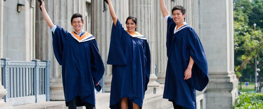 Теперь некоторым студентам, возможно, придется менять учебные программы. Фото: y-axis.com