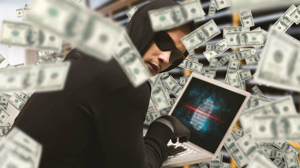 Россияне пользовались сотнями чужих кредиток. Фото: komando.com