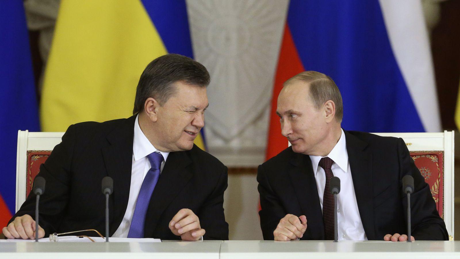 Виктор Янукович и Владимир Путин. Фото: grondamorin.com