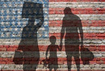 Путь убежища подразумевает много жертв. Фото movetoamerica.expert