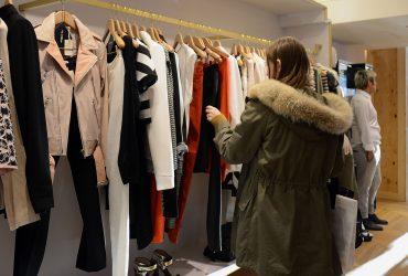 Аренда одежды вытесняет магазины в США