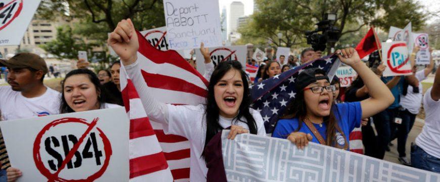 Власти Техаса хотят принять закон об отмене городов-убежищ. Фото: csmonitor.com