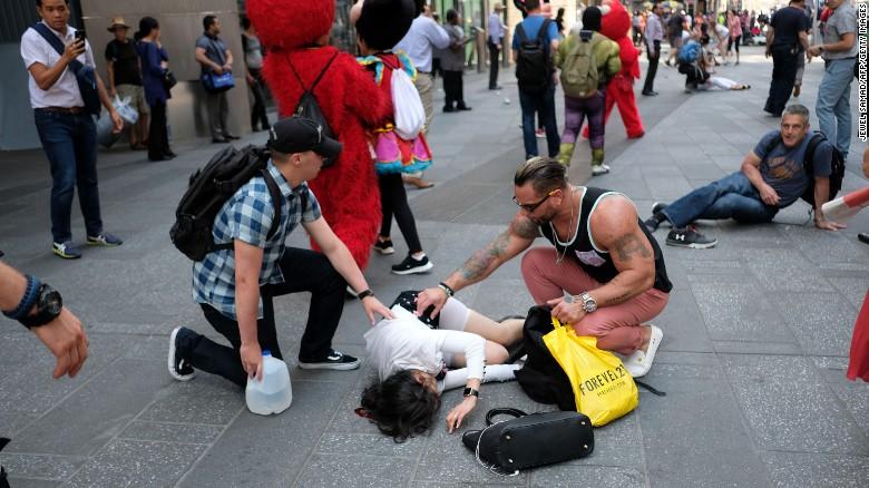Некоторые пострадавшие получили серьезные ранения. Фото: cnn.com