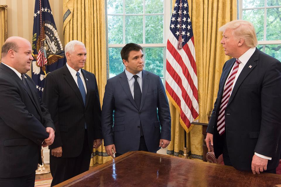 На встрече также присутствовал посол Украины в США Валерий Чалый. Фото: facebook.com/ukr.embassy.usa