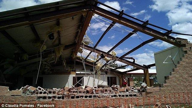 Разрушенная бурей церковь. Фото: dailymail.co.uk
