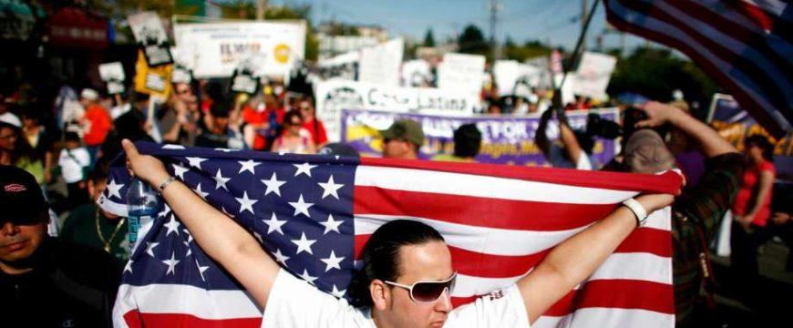 В США 1 мая является в том числе днем иммигрантов. Фото: seattlepi.com