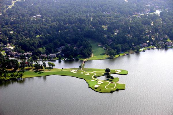 Город Конроу. Фото: landfallartcenter.com
