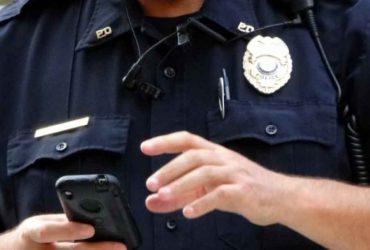 Иммиграционная служба использует устройства для отслеживания мобильных телефонов, чтобы искать нелегалов