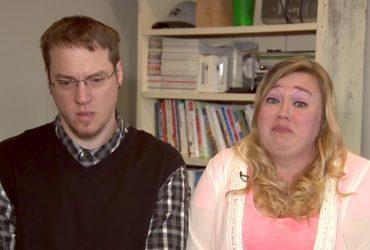Служба опеки отобрала двух детей у семьи YouTube-пранкеров
