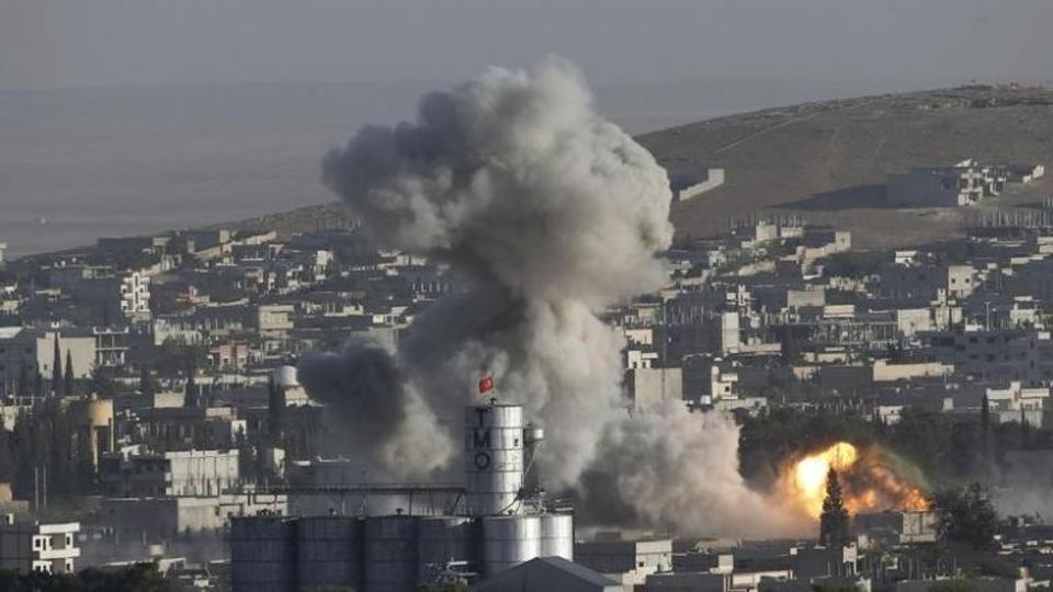 В Сирии умирает ве больше мирных граждан. Фото: hindustantimes.com