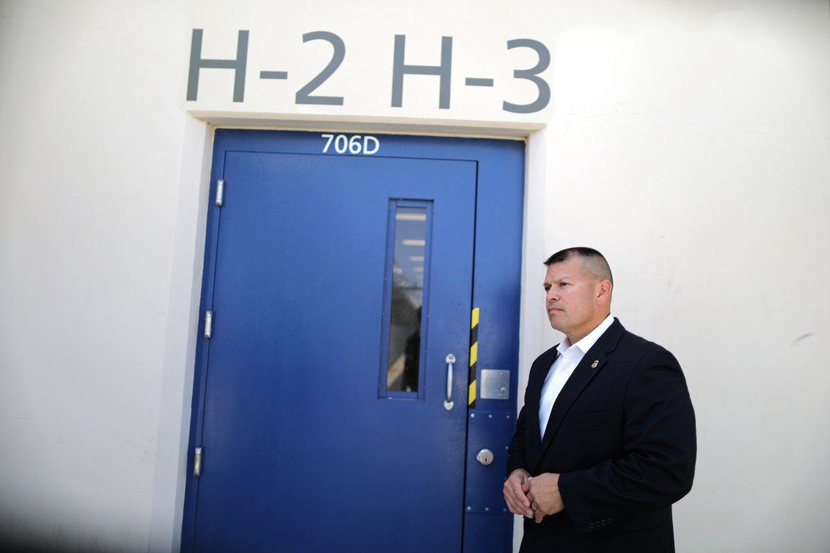 Сотрдники говорят, что ситуация с нелегальными иммигрантами мало изменилась. Фото: businessinsider.com