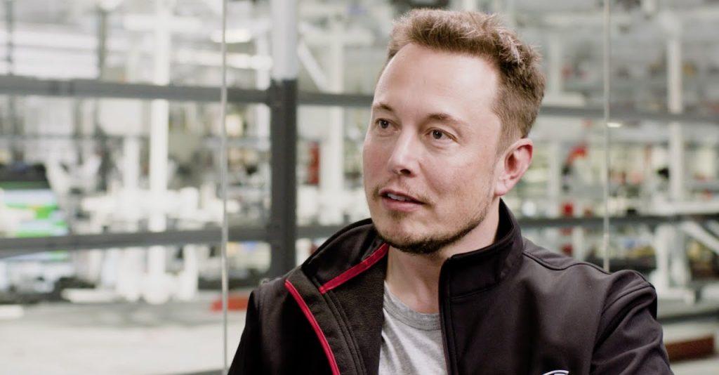 Илон Маск. Фото YouTube