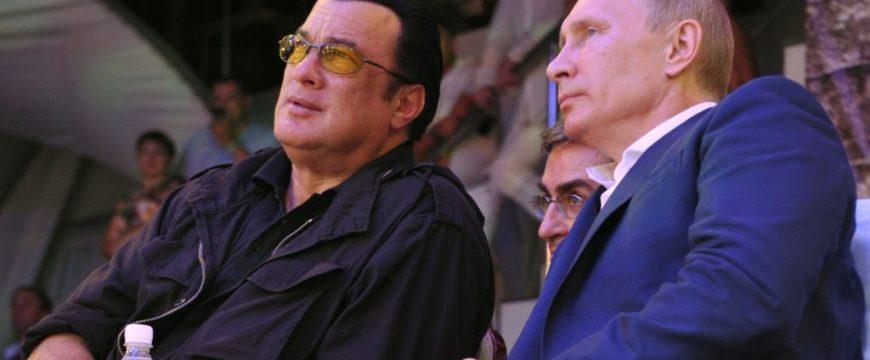 Стивен Сигал - давний друг Путина. Фото: usefulstooges.com