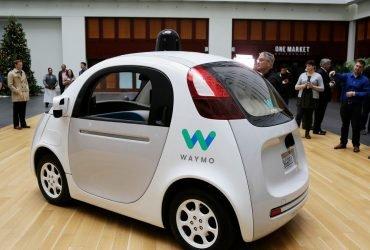 Google обвиняет Uber в краже технологии