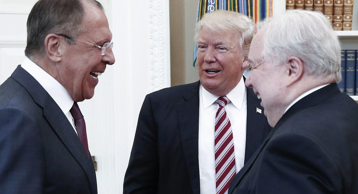 Путин заявляет, что опасения американцев - чушь. Фото: politico.com