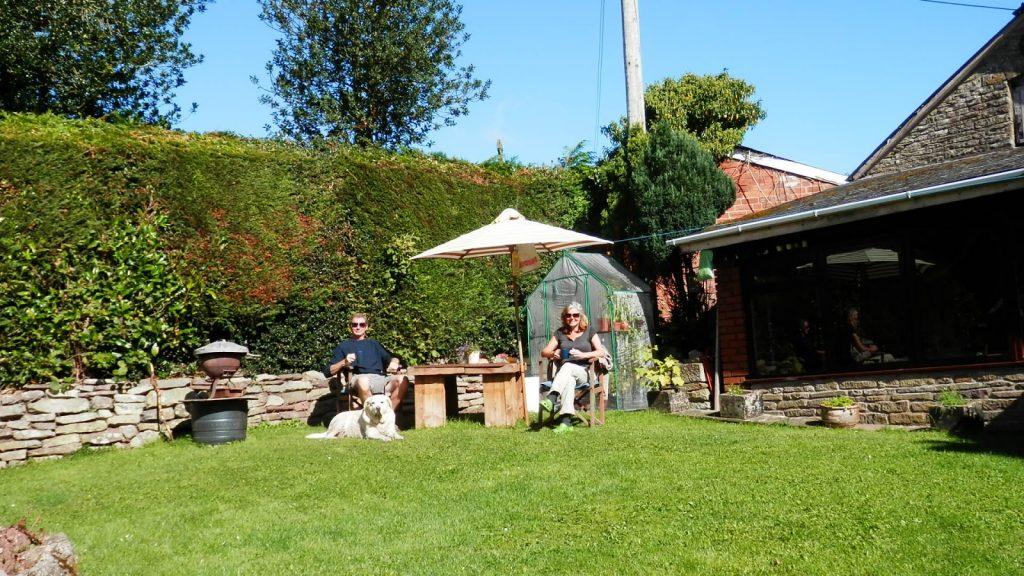 Вы можете жить в роскошном доме совершенно бесплатно. Фото blogspot.com