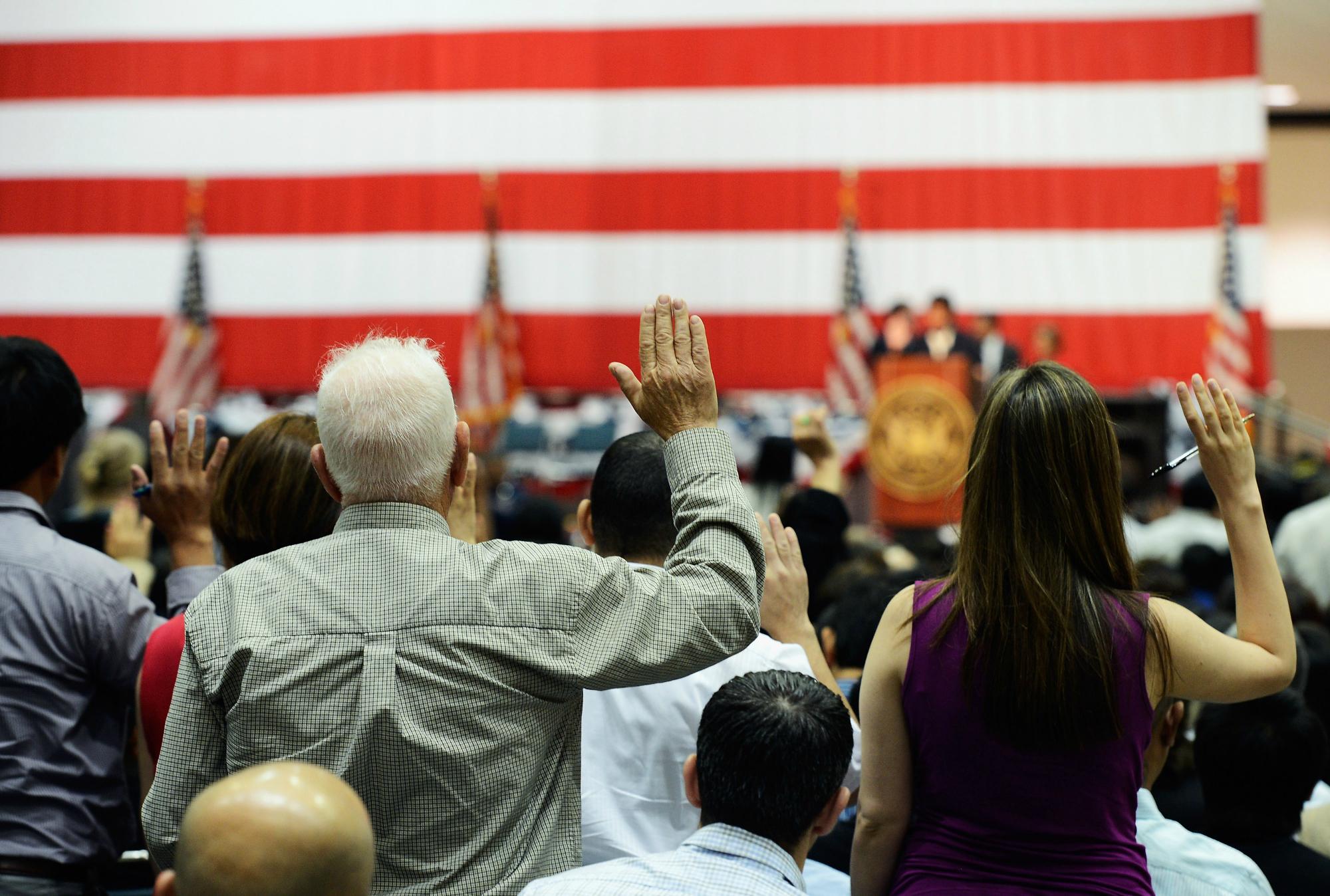 Церемония натурализации состоится в День Независимости США. Фото: dailyyonder.com