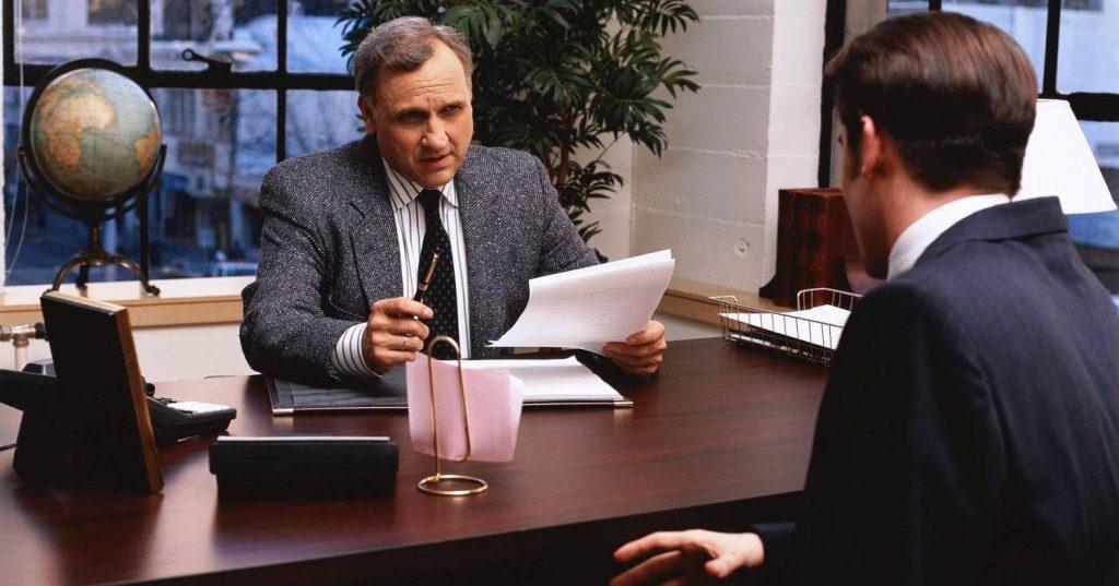 Используйте психологические приемы чтобы добиться приглашения на работу. Фото oilcareer.ru