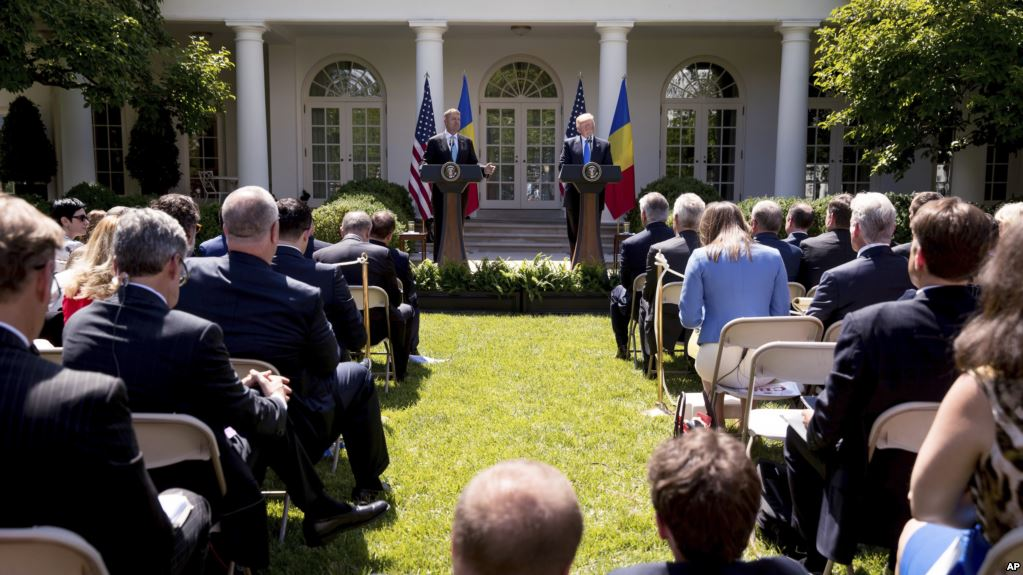 Дональд Трамп ответил на многие животрепещущие вопросы. Фото golos-ameriki.ru