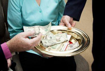 Верховный суд сделал первый шаг к церковному налогу