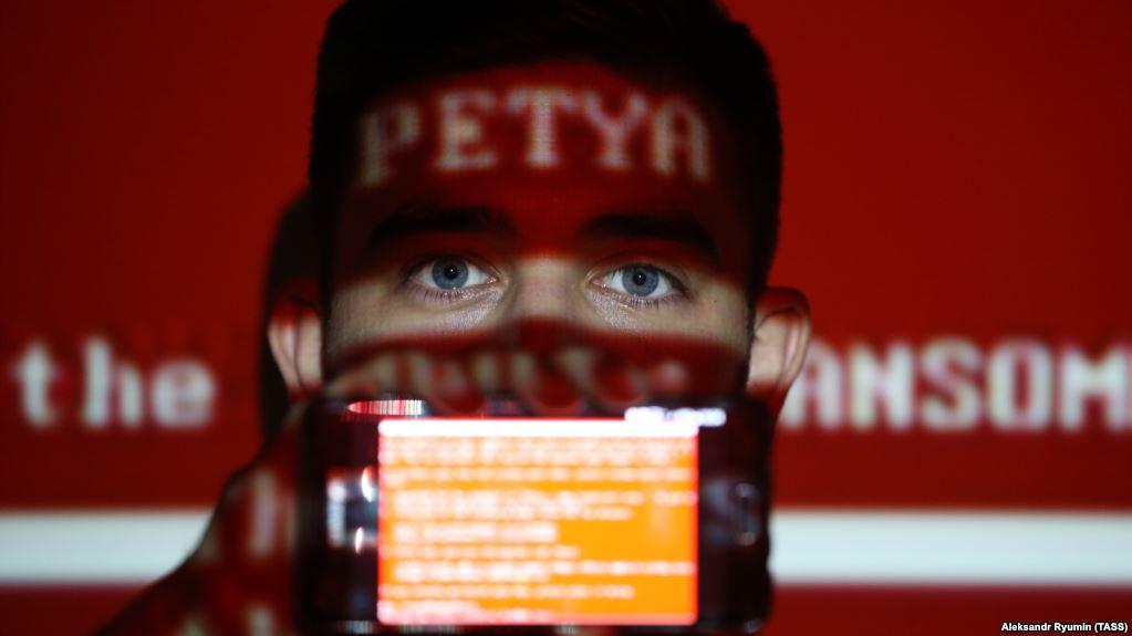 Вирус Petya поразил государтвенные и частные системы. Фото: svoboda.org