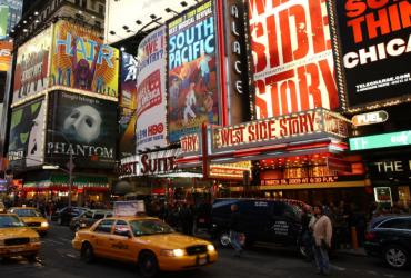 Где искать дешевые билеты на Бродвей