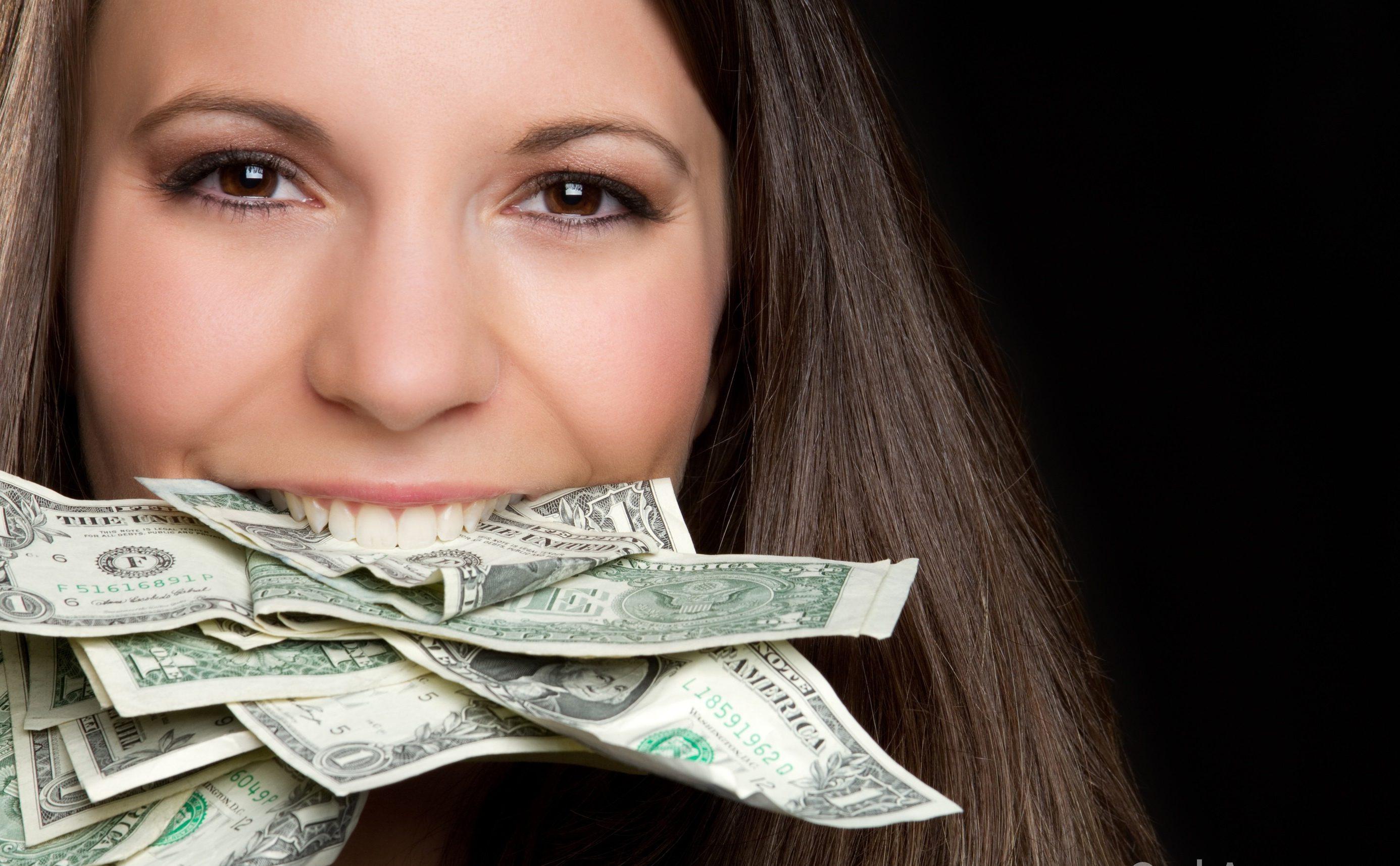 Не обязательно платить тысячи долларов за лечение зубов. Фото: oralanswers.com