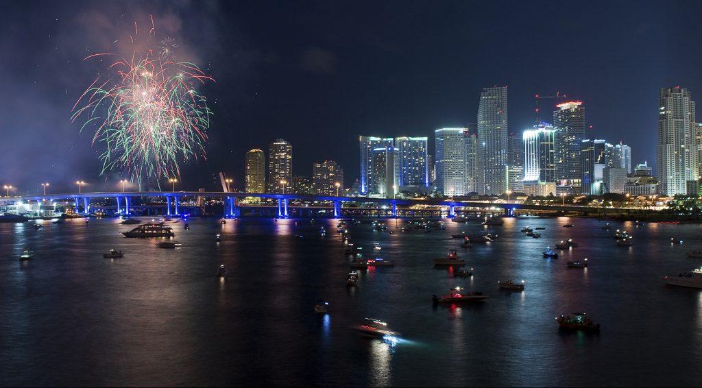 На День независимости в Майами запустят фейерверки. Фото metalmastershop.com