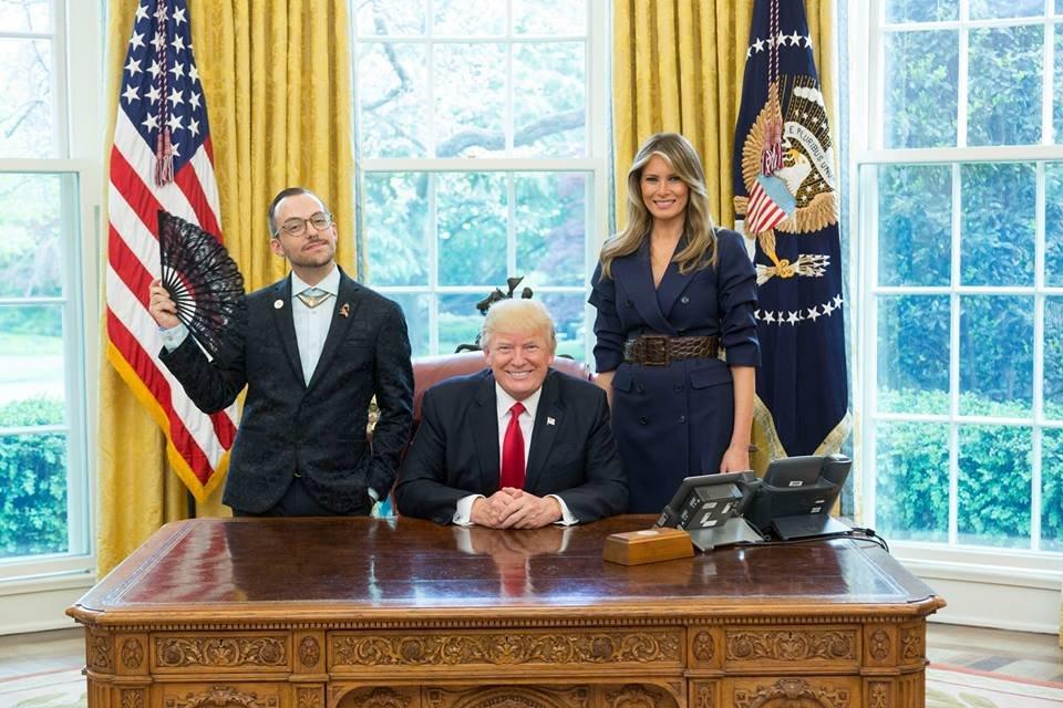 Никос Яннипулос, Дональд и Мелания Трамп. Фото businessinsider.com