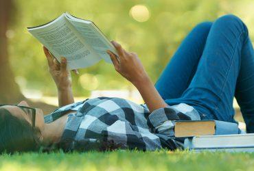 3 лучшие книги на лето от профессоров из Стэнфорда