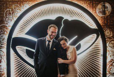 Фастфуд-свадьба: пара из Сан-Франциско поженилась в Taco Bell