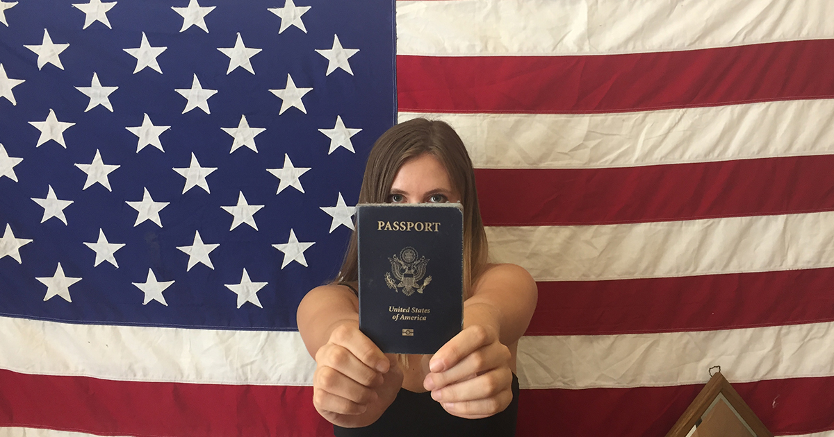 citizenship in us essay American citizenship essayswhat does american citizenship mean to you most american's consider them selves to be the luckiest people in the world and i completely agree.