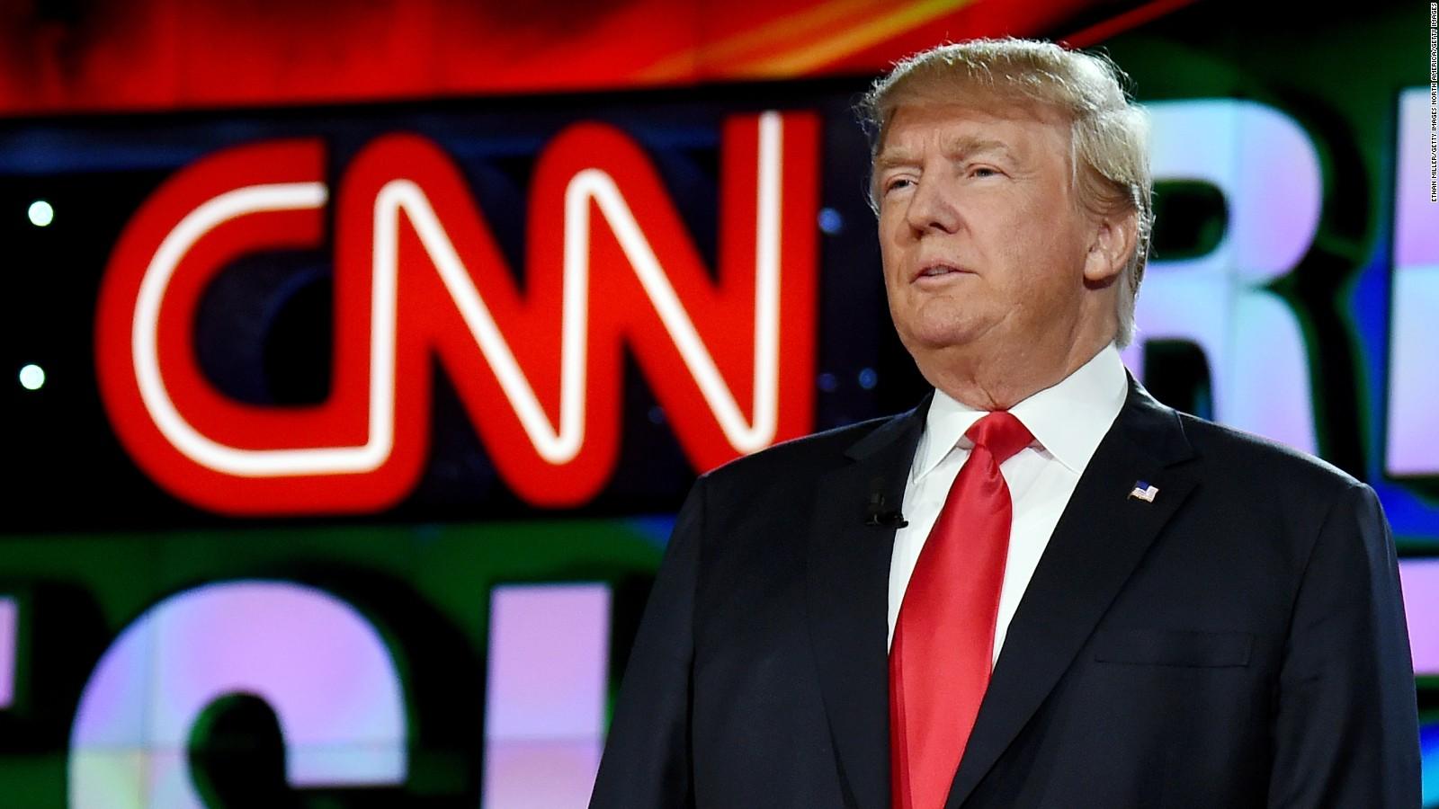 Многие чиновники осуждают Трампа за публикацию видео. Фото: cnn.com