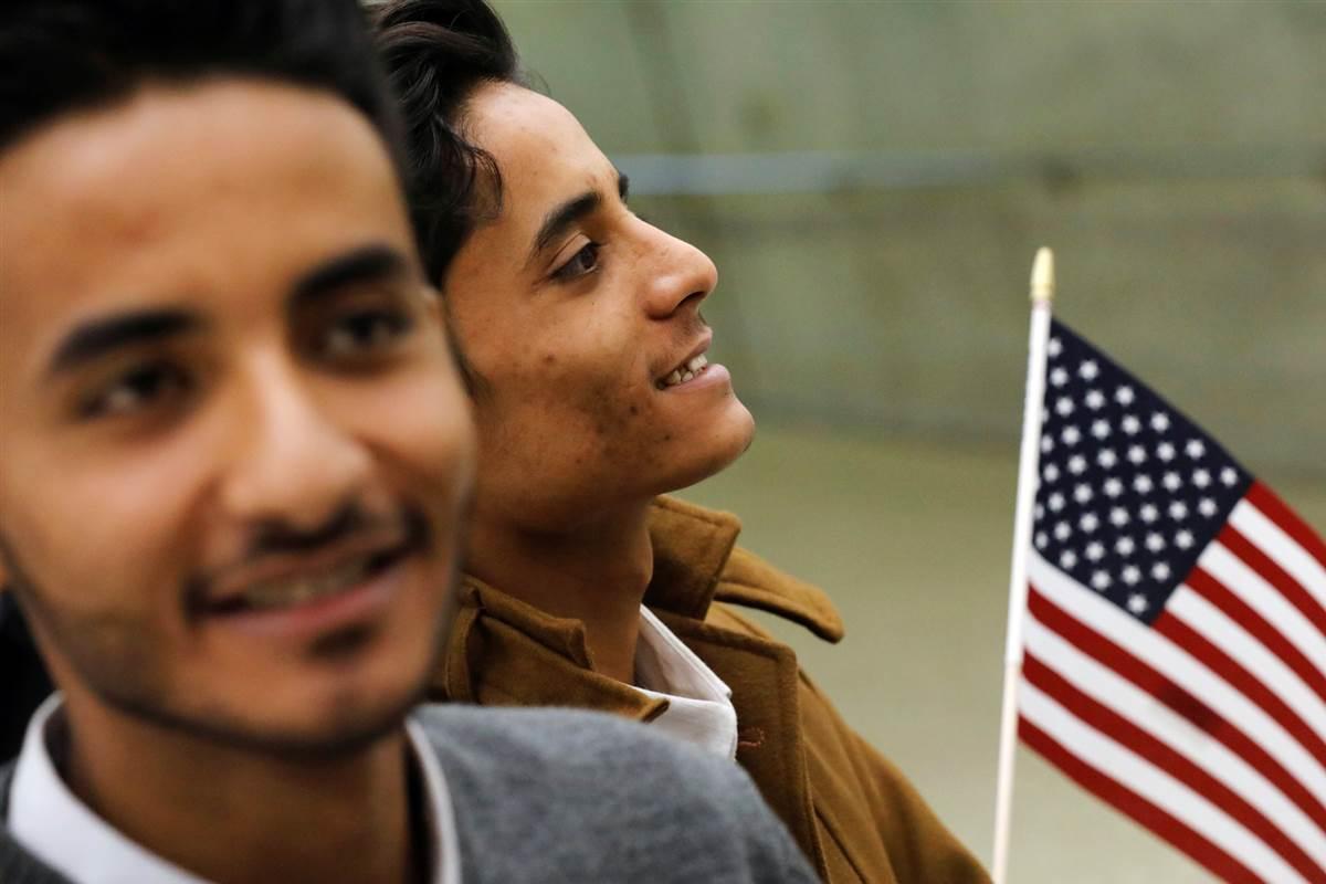 Очередь для иммиграции братьев и сестер - самая длинная. Фото: nbcnews.com