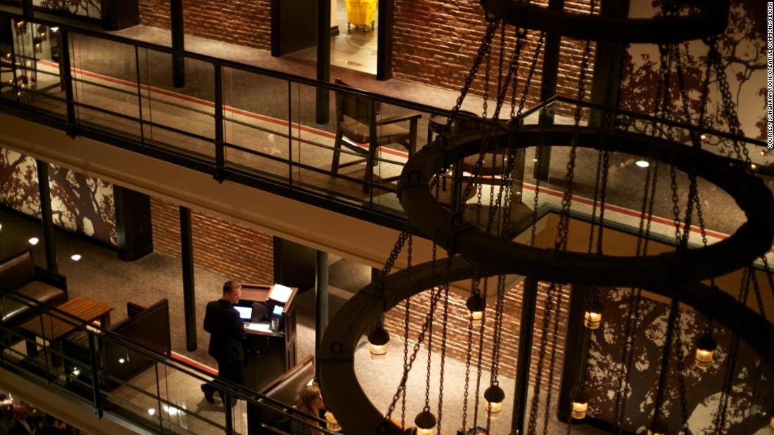Когда-то этот отель был тюрьмой. Фото: cnn.com