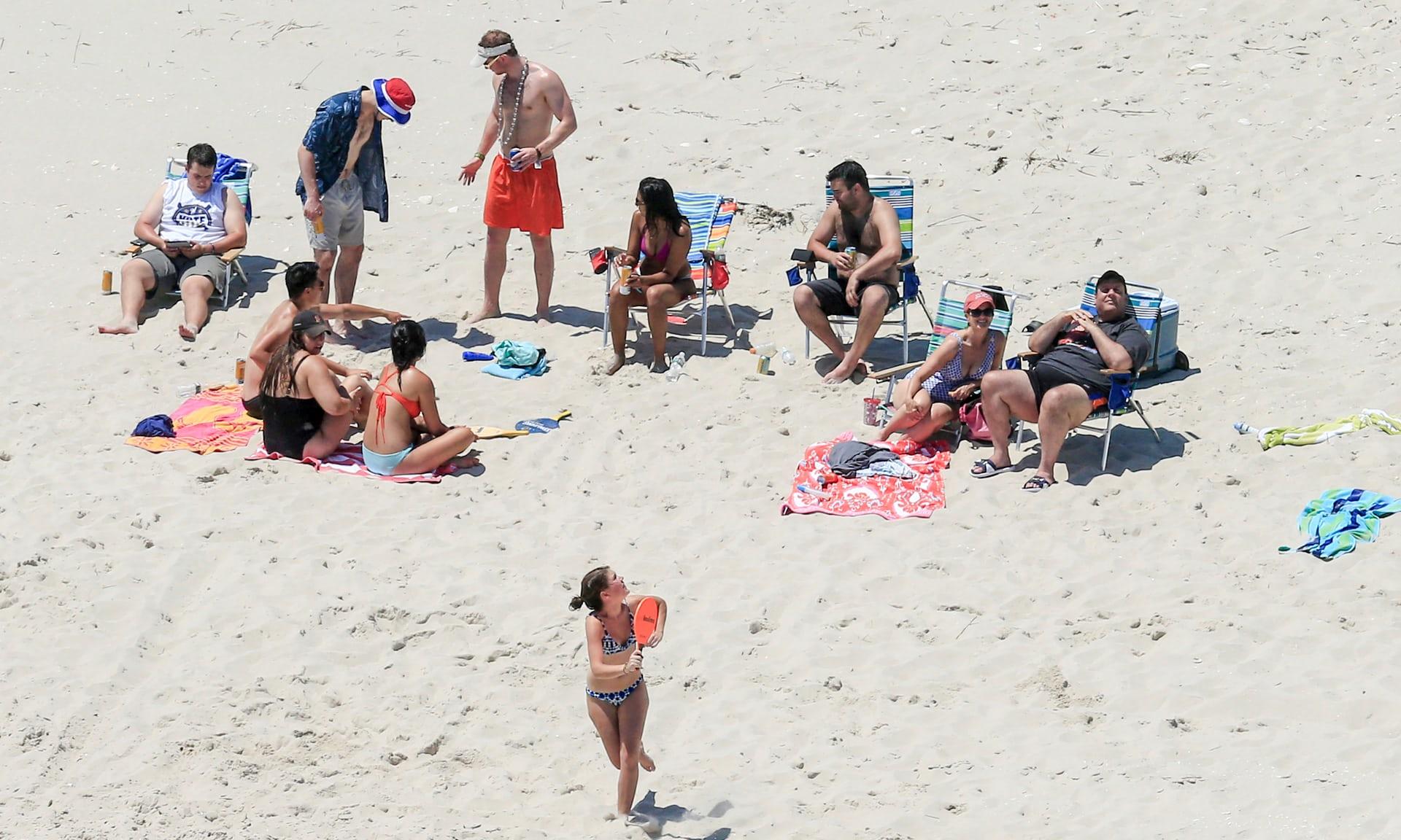 Крис Кристи на пляже. Фото: theguardian.com
