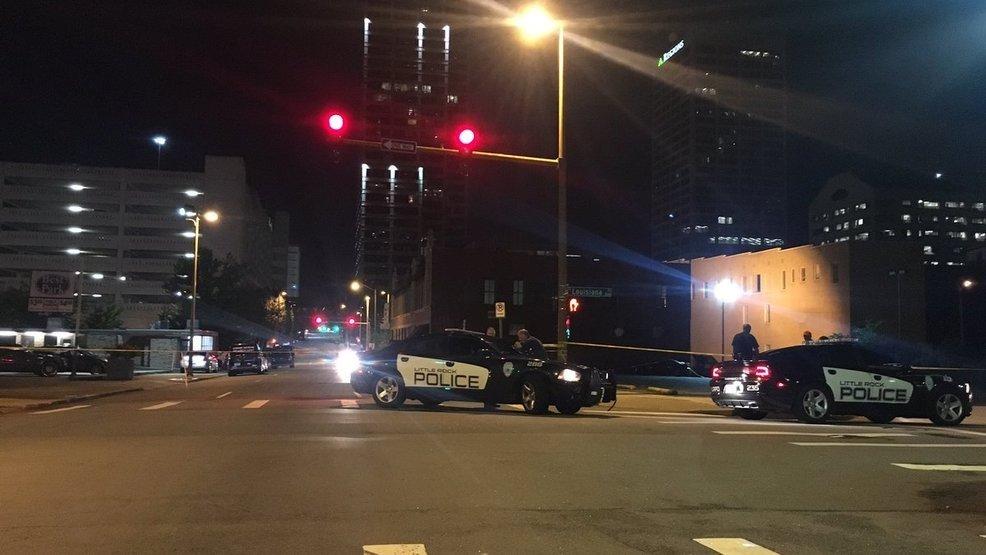 Полиция прибывает на место происшествия. Фото katv.com