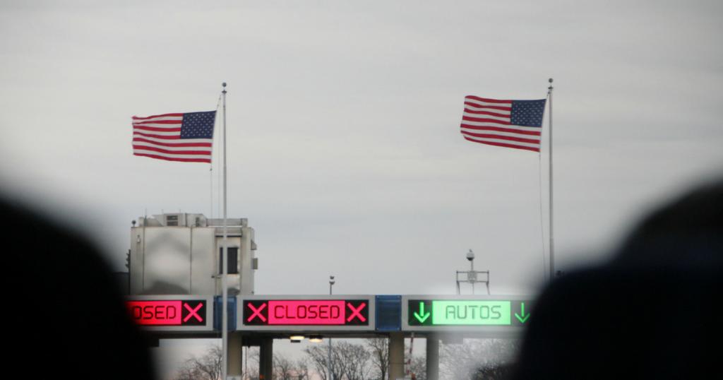 Для некоторых стран границы США будут закрыты. Фото: twowaytravels.com