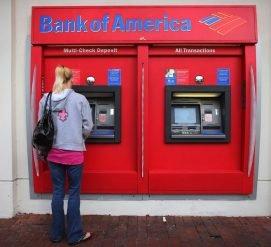 Мужчина из Техаса застрял внутри банкомата. Он просил о помощи, но никто не верил