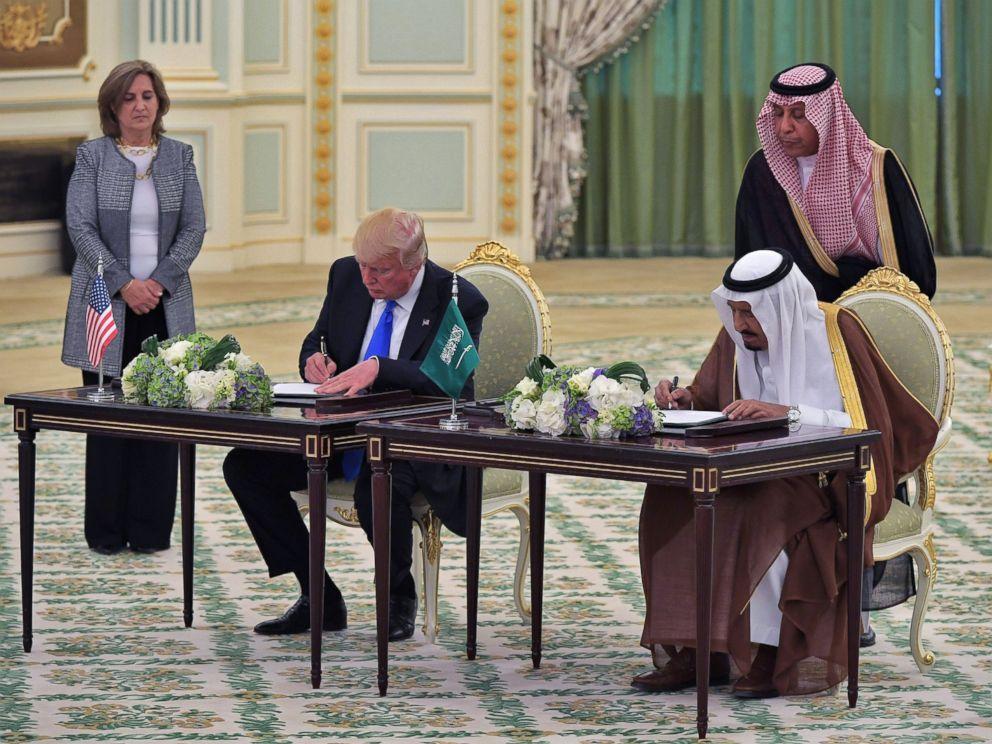 Дональд Трамп и король Саудовской Аравии Салман ибн Абдул-Азиз Аль Сауд. Фото: abcnews.go.com