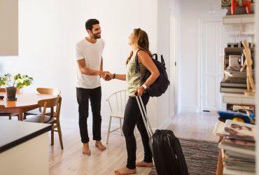 Сколько люди реально зарабатывают на Airbnb, Uber и других сервисах