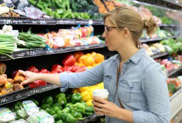 Обвал цен и продажа техники: как изменился Whole Foods за один день сделки с Amazon
