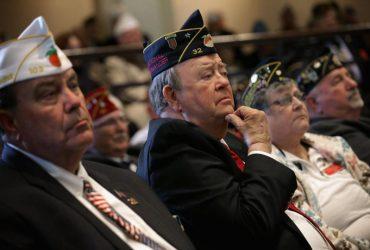 Трамп разрешил ветеранам получать медицинские льготы
