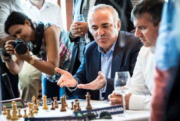 Гарри Каспаров вернулся в большие шахматы для турнира в Сент-Луисе